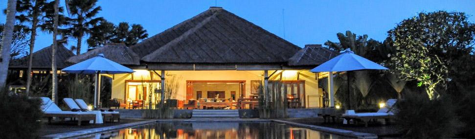 bali ferienhaus mit pool mieten von privat am meer in lovina. Black Bedroom Furniture Sets. Home Design Ideas