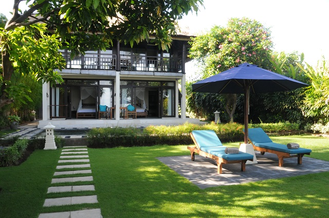bali ferienhaus mieten 2 10 personen private ferienhaus. Black Bedroom Furniture Sets. Home Design Ideas